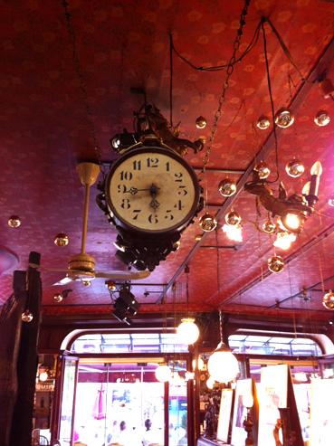 palais-horloge