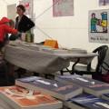 Arras. Attention, une lectrice attaque le stand des Fourmis rouges ! (avec Brune Bottero)